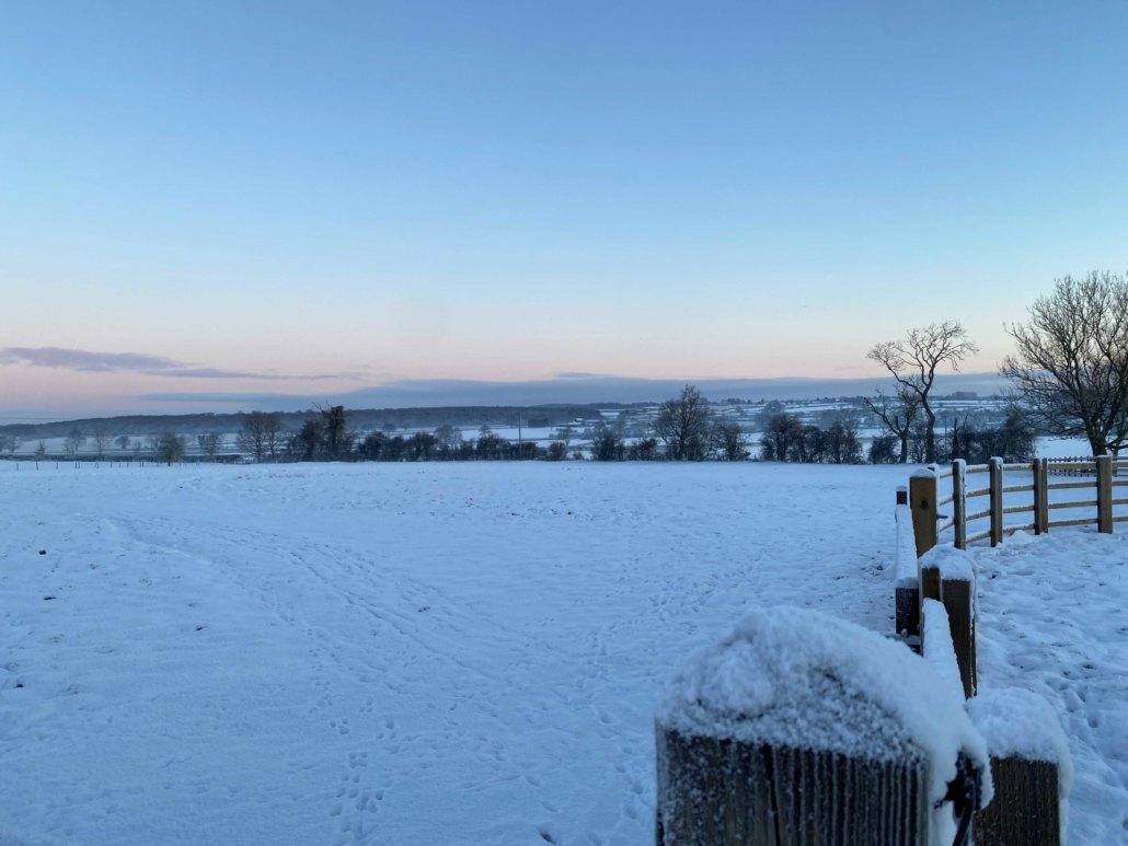 Crisp winter snowy view at Hall Farm Dadlington